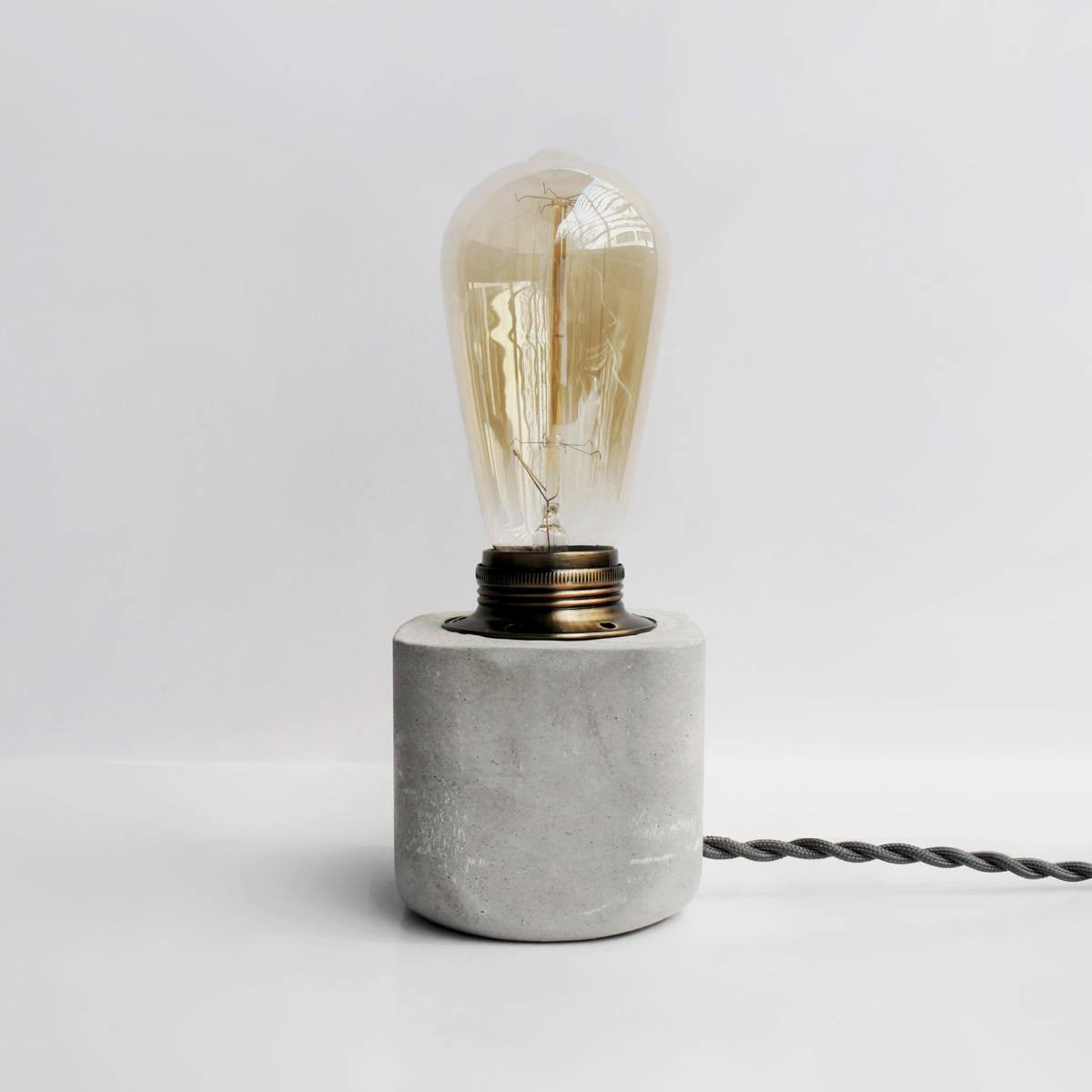 HALF 半嵌古銅圓角設計水泥燈 / Copper concrete lamp