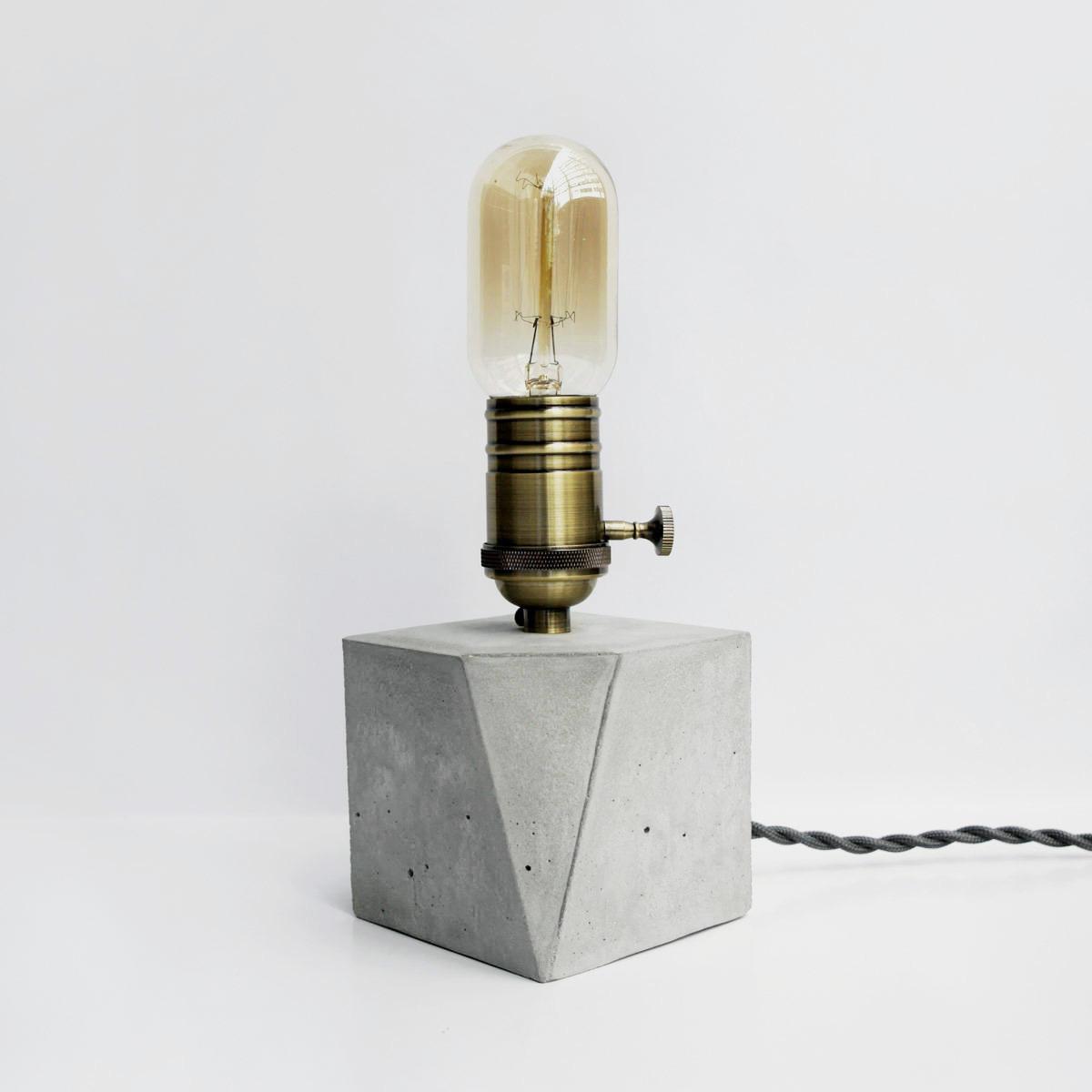 ANGLE 切角青古銅幾何設計水泥燈 / Bronze geometry concrete lamp