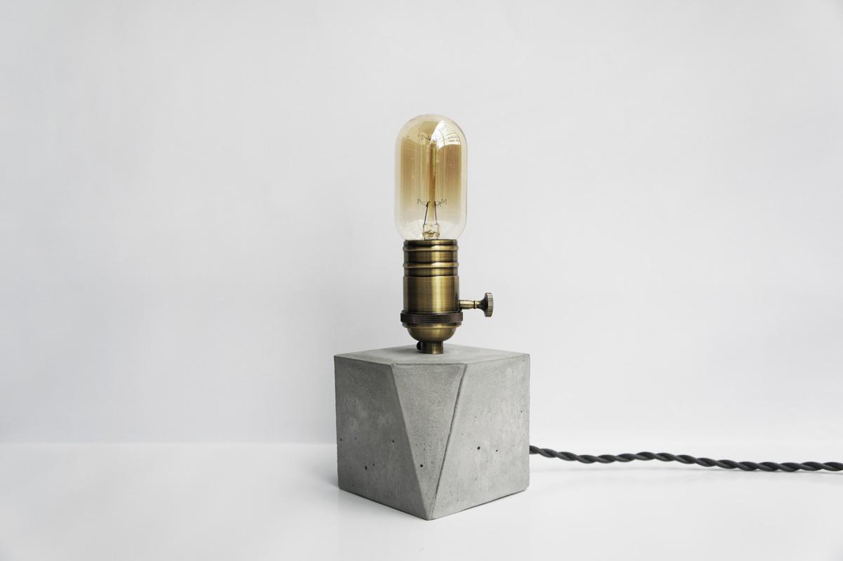 ANGLE 切角青古銅幾何設計水泥燈