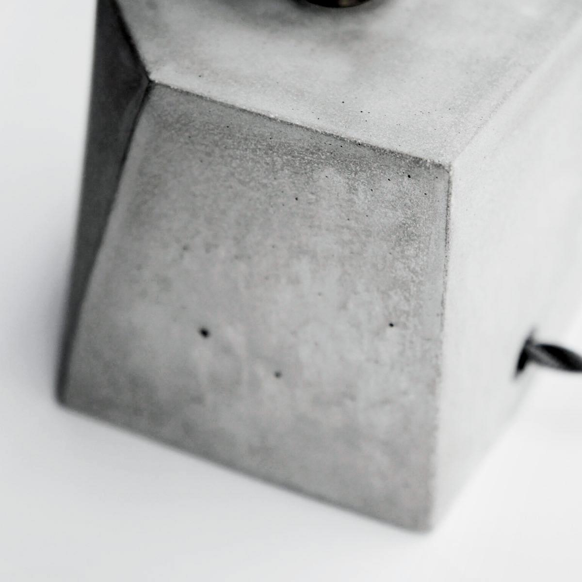 Concrete Design 青古銅幾何切角設計水泥燈・桌燈・禮物