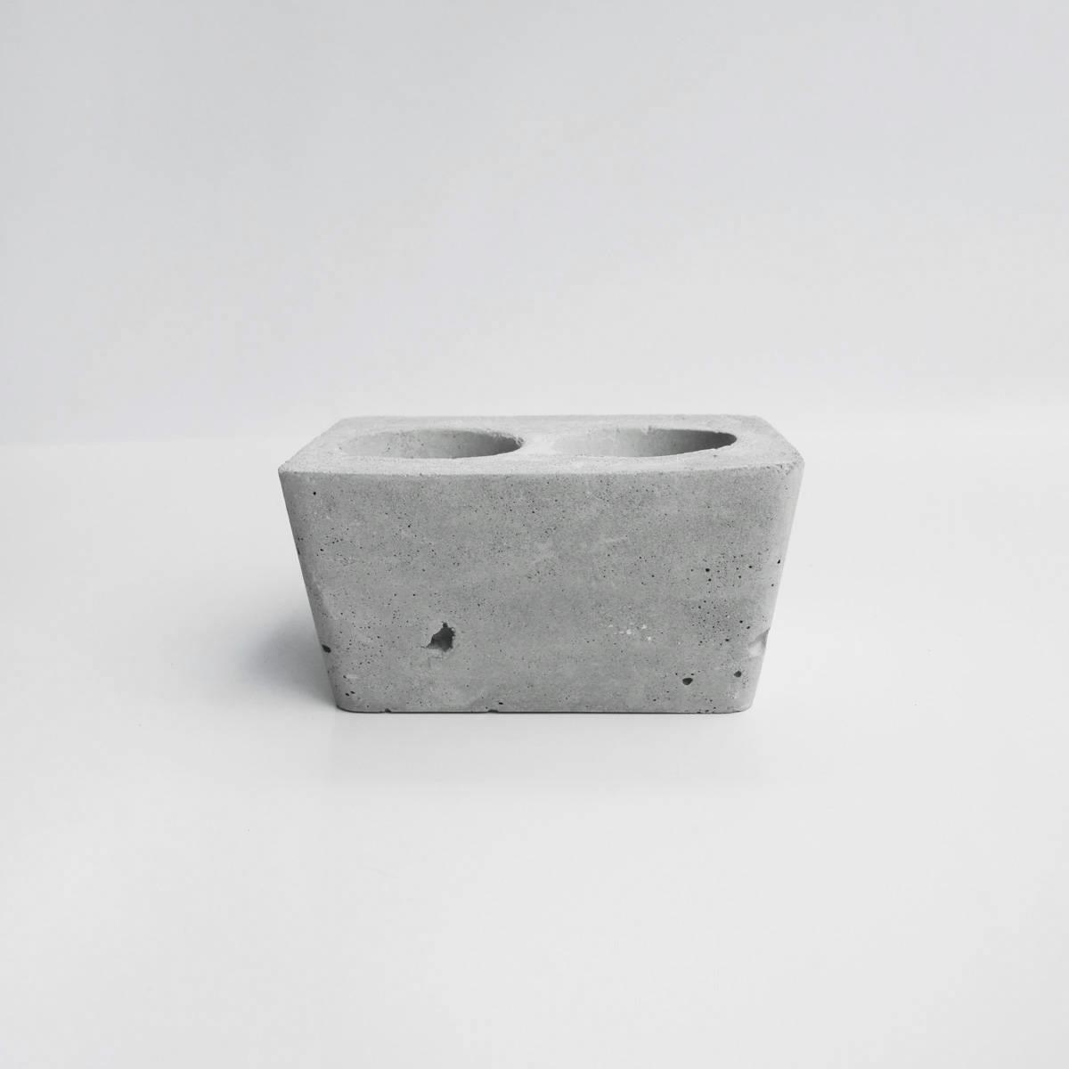 DUET 重奏磚型水泥盆器