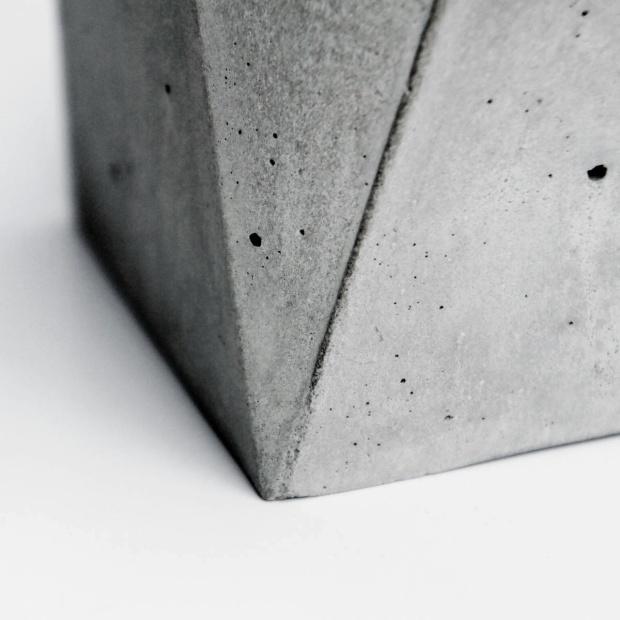 Vintage bronze geometry concrete lamp