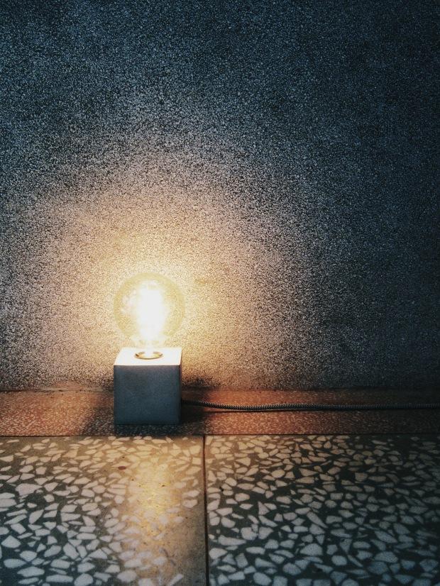 水泥手作課程:方磚水泥燈實作