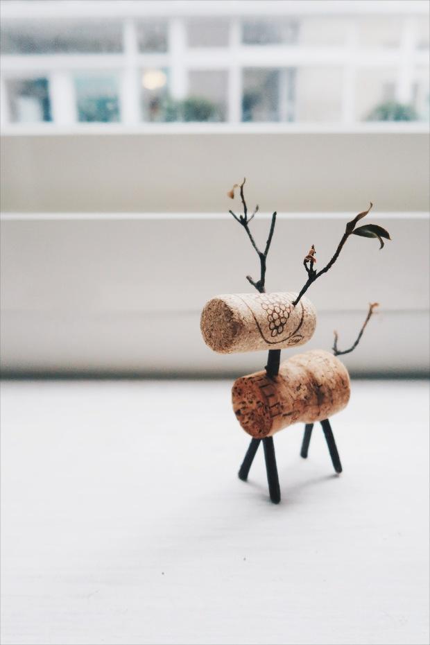 / 灰調 / DIY 手作小教學:聖誕節軟木塞小麋鹿-完成