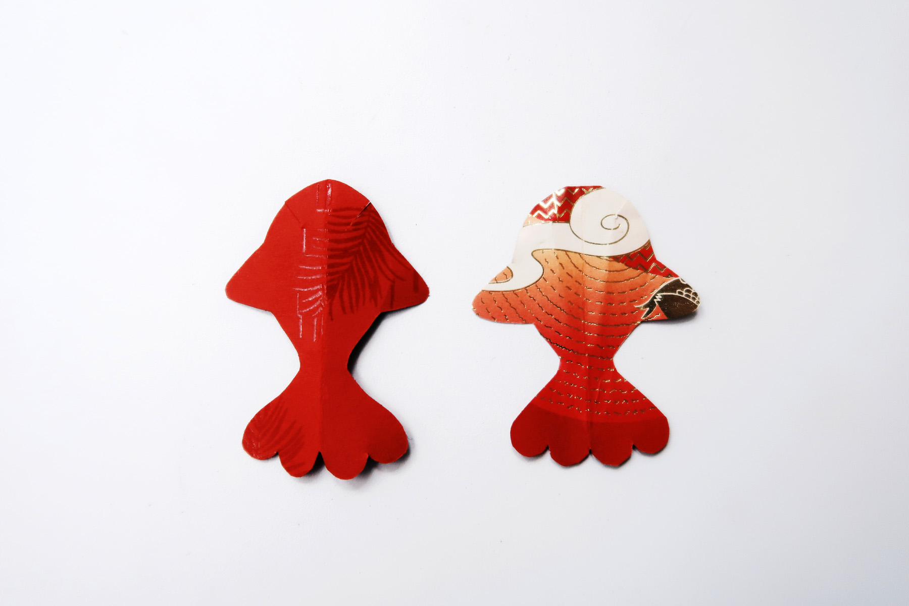 / 灰調 / DIY手作小教學:立體錦鯉紅包袋 - 剪下之雛形