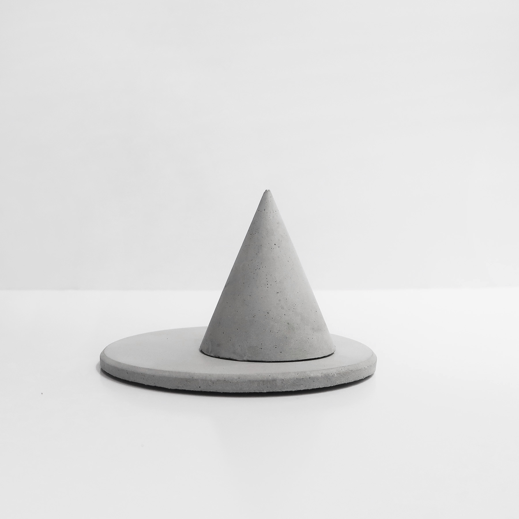 HILL FOG小山霧戒指座飾品盤收納組 / Concrete ring holder + trinket dish