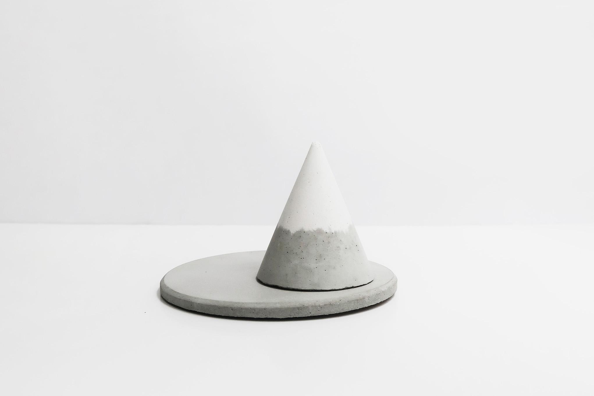 SNOWPACK 小山雪錐形水泥戒指座 + 飾品盤