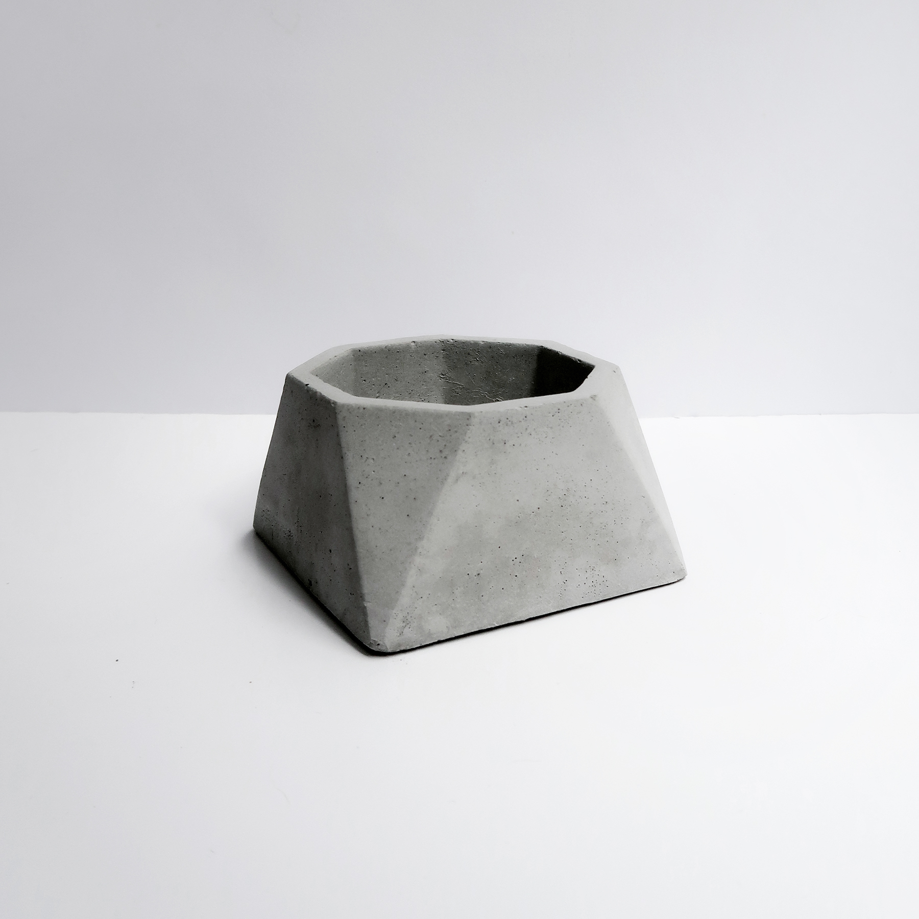 VIEWPOINT 視角八邊幾何水泥盆器 / Octagon Geometry Concrete Pot