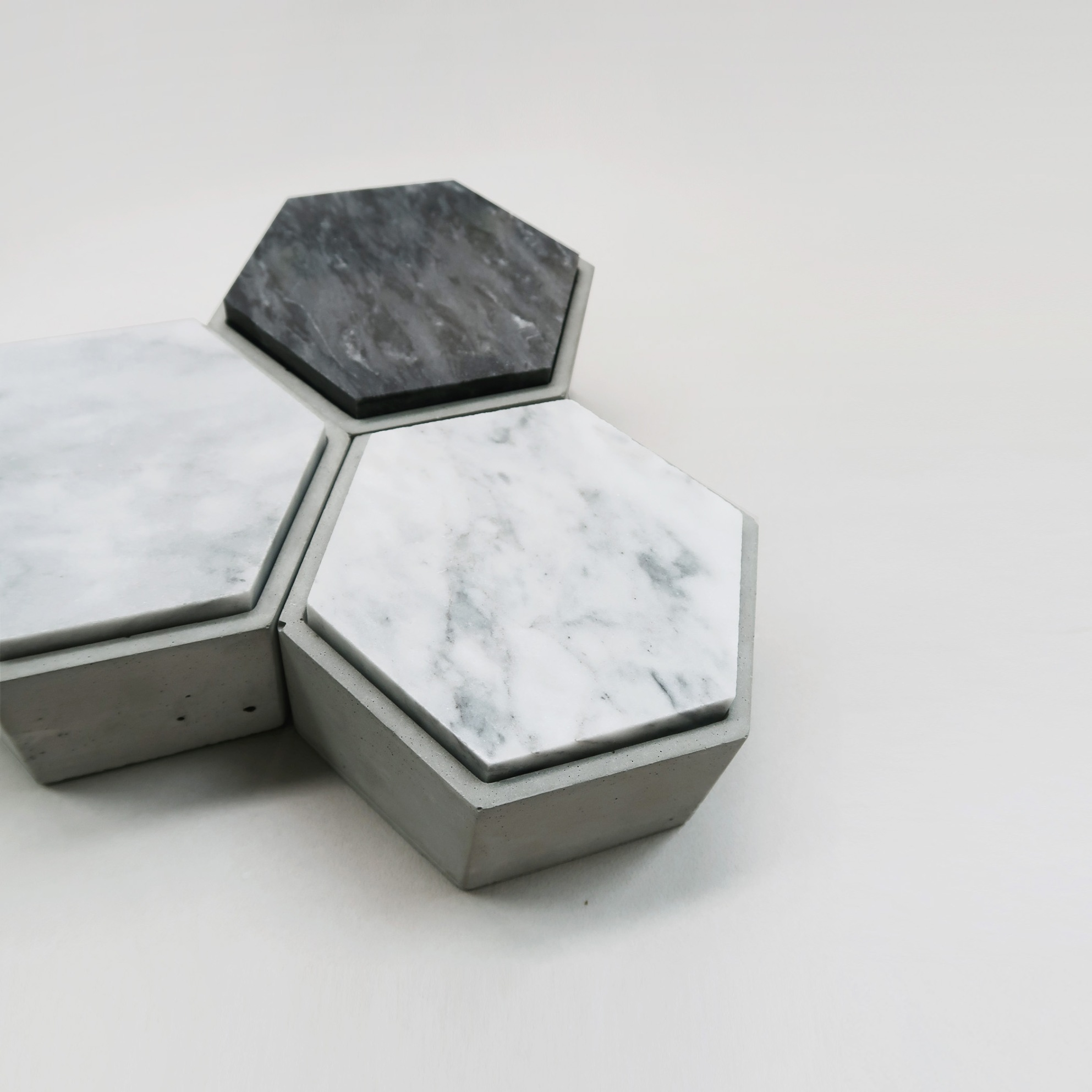 THE ROCK 雲岩六角大理石蓋水泥家飾・擺飾・禮物