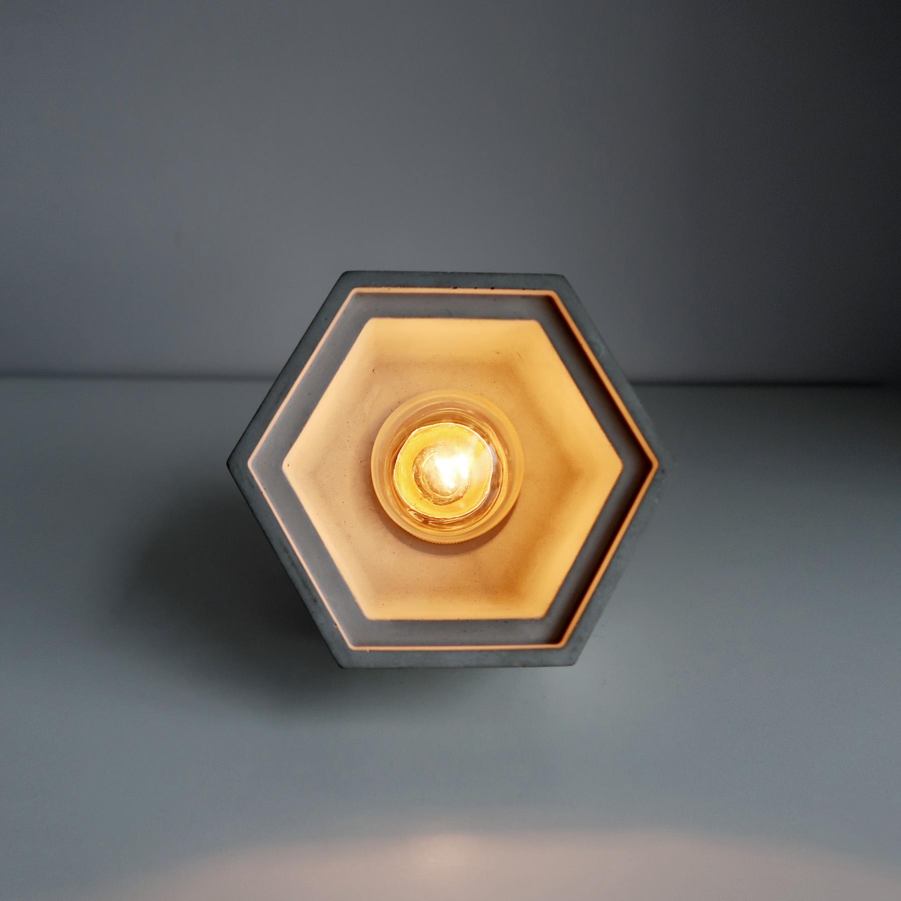 HALO Pendant lamp 光圈黃銅六邊型斜角水泥桌燈・水泥吊燈