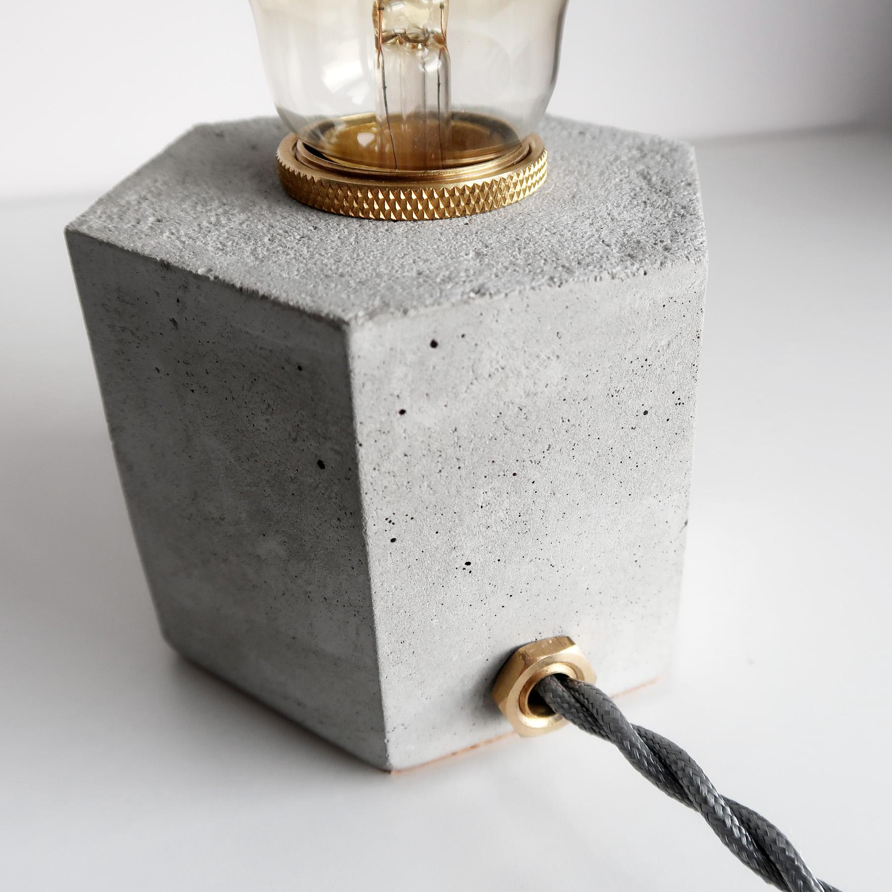 Concrete Design六角黃銅幾何設計水泥燈・桌燈・禮物