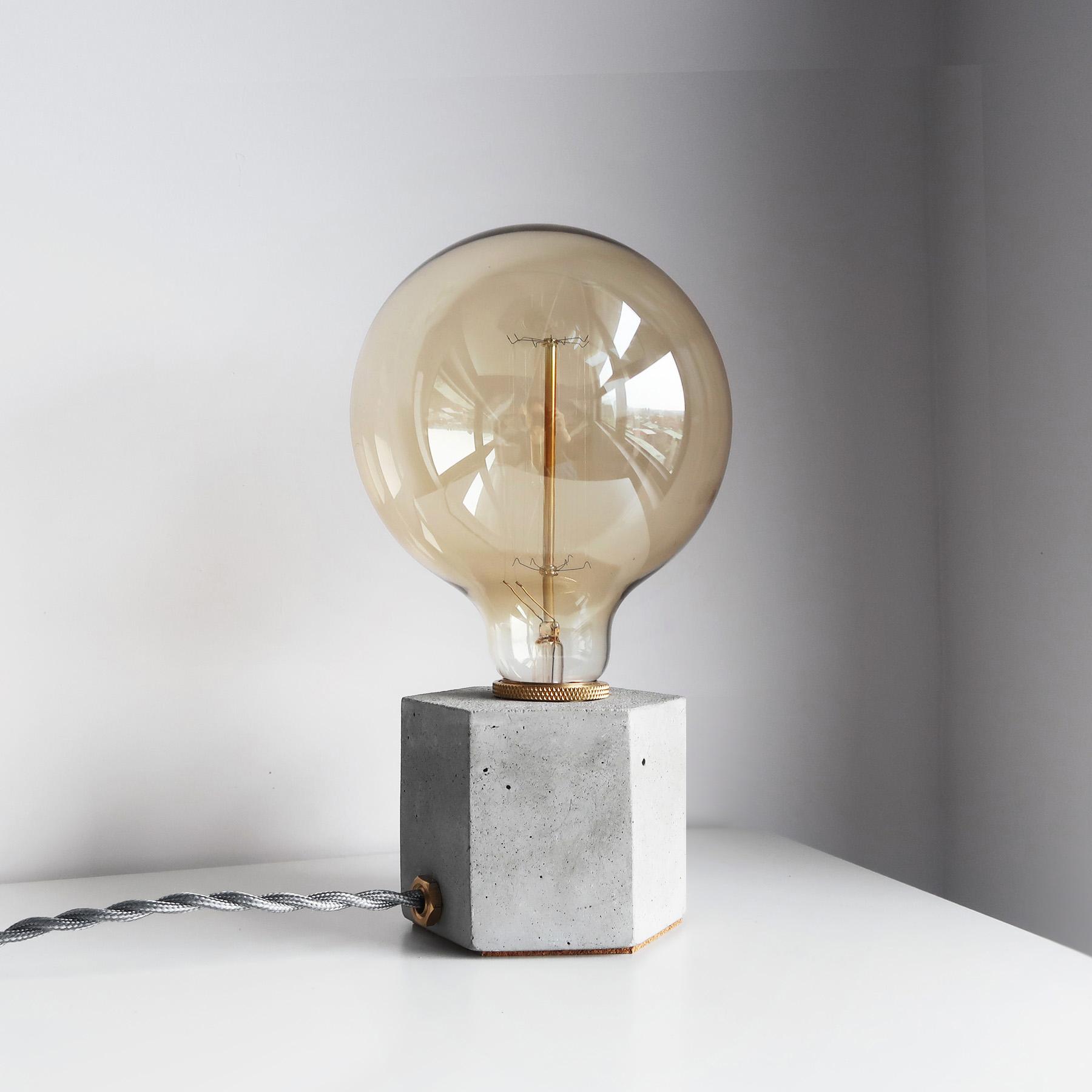 HEXAGON 六角黃銅幾何設計水泥燈・桌燈・禮物