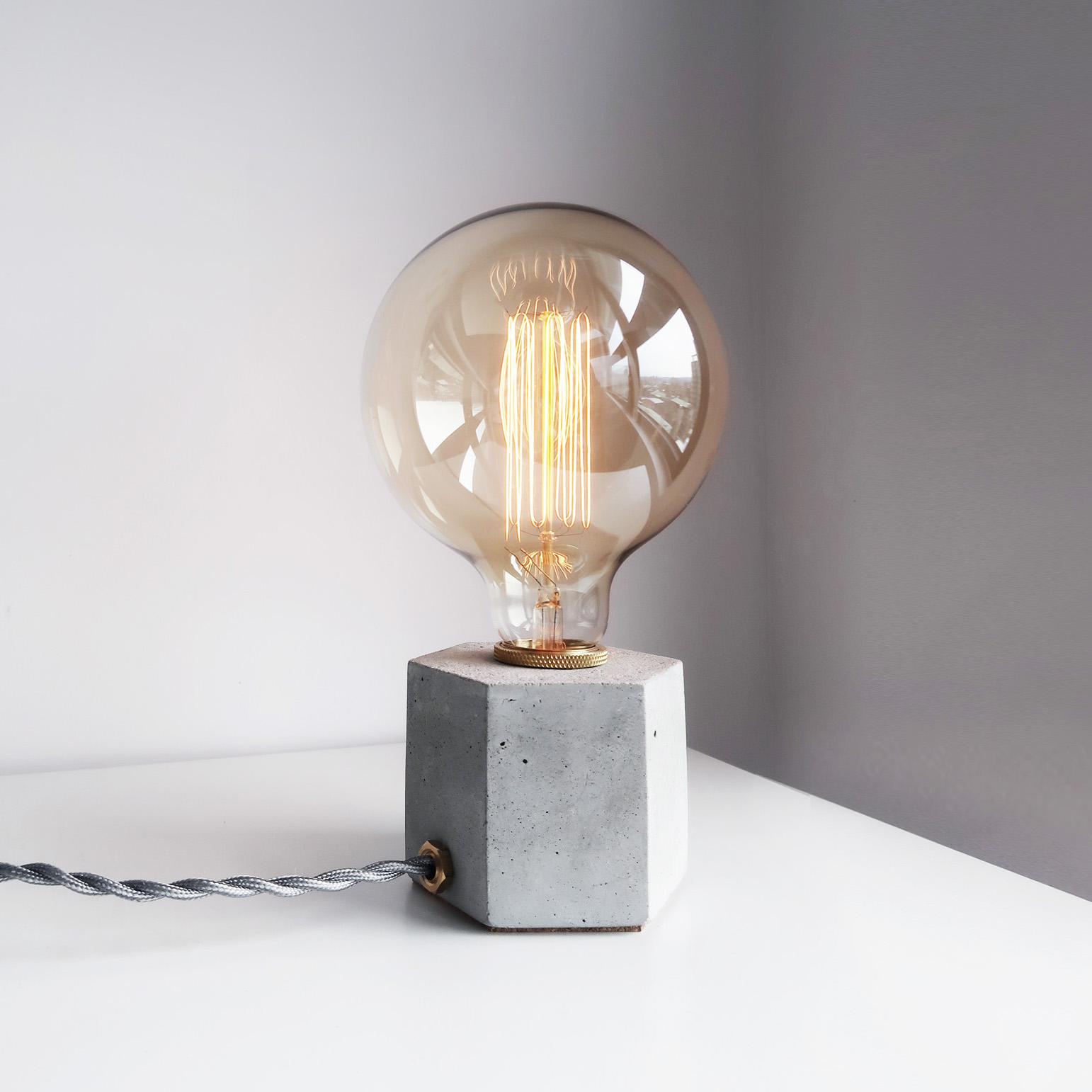 HEXAGON 六角黃銅幾何設計水泥燈 / Brass concrete lamp