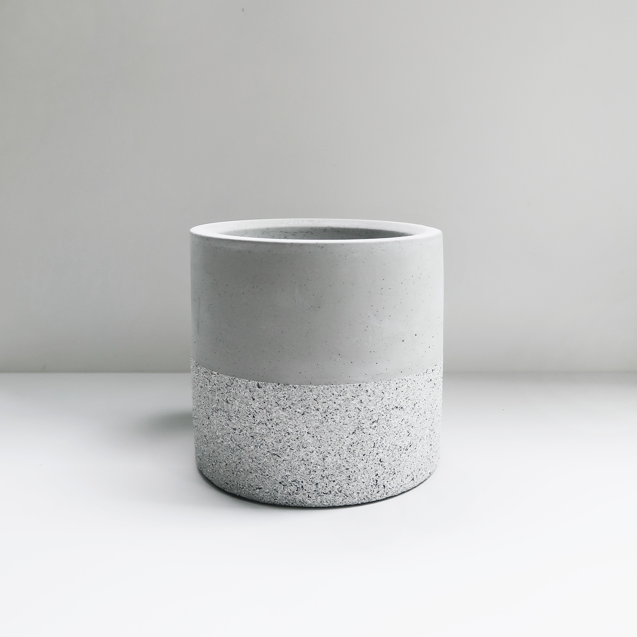 GRANITE 花崗岩雙色深圓水泥盆器 / Deep cylinder concrete pot