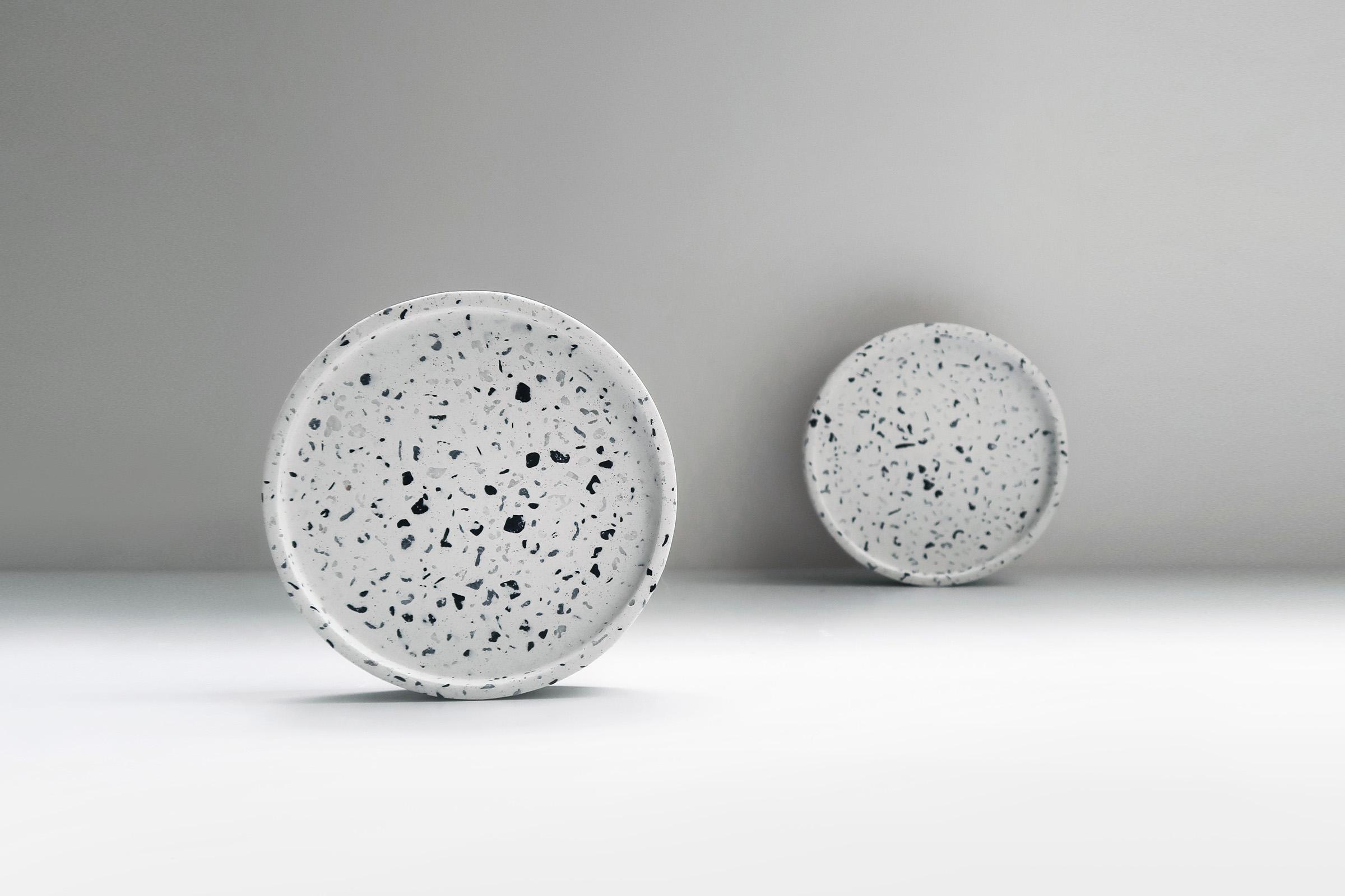TERRAZZO 磨石子經典黑白水泥杯墊・飾盤 - 黑白