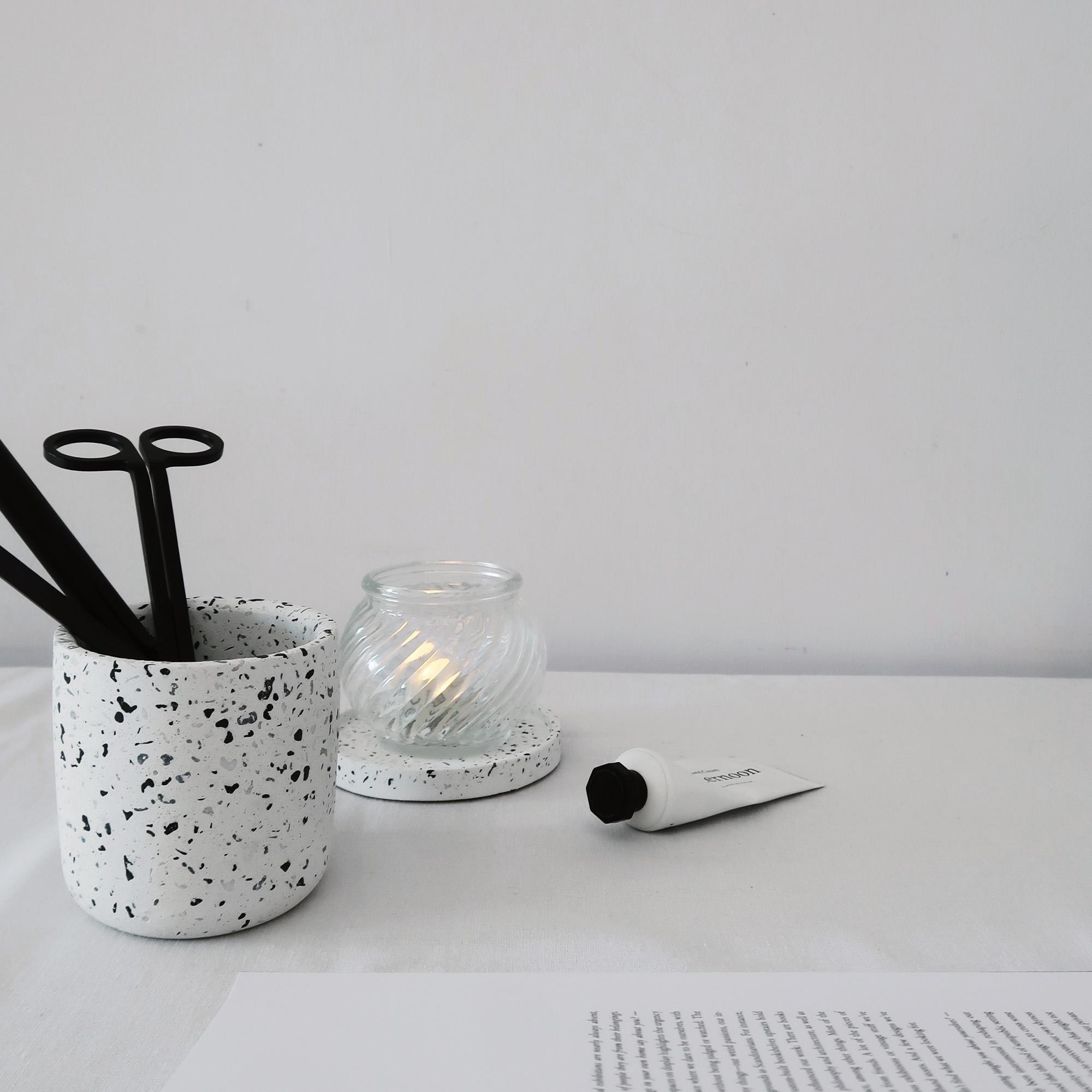 Terrazzo 磨石子經典黑白水泥圓形收納罐・置物盆