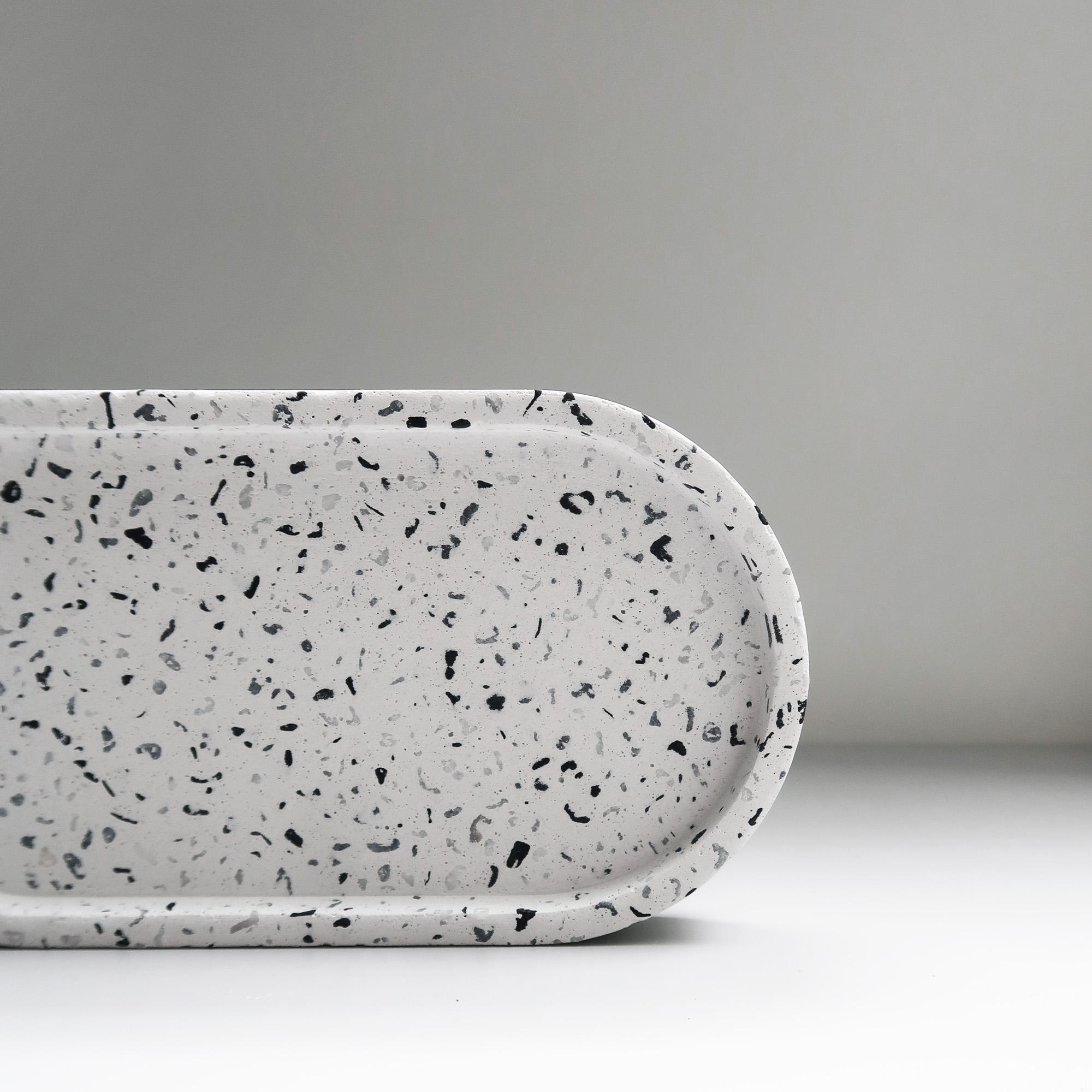 TERRAZZO 磨石子經典黑白水泥橢圓盤・飾盤・禮物