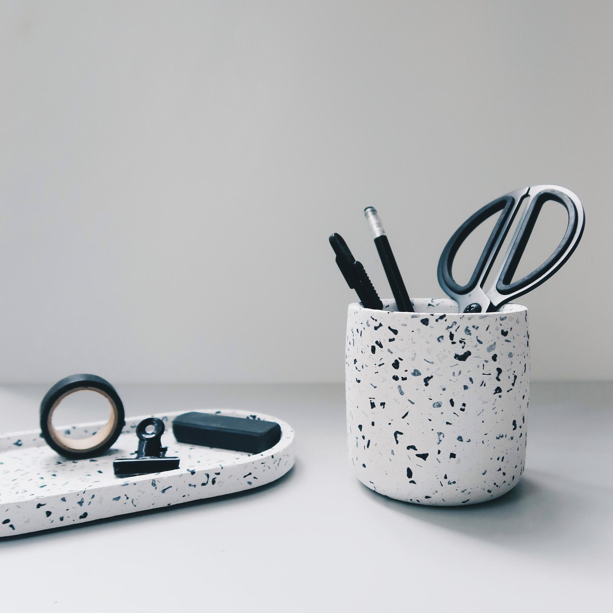 TERRAZZO 磨石子經典黑白水泥橢圓盤・飾盤・拖盤