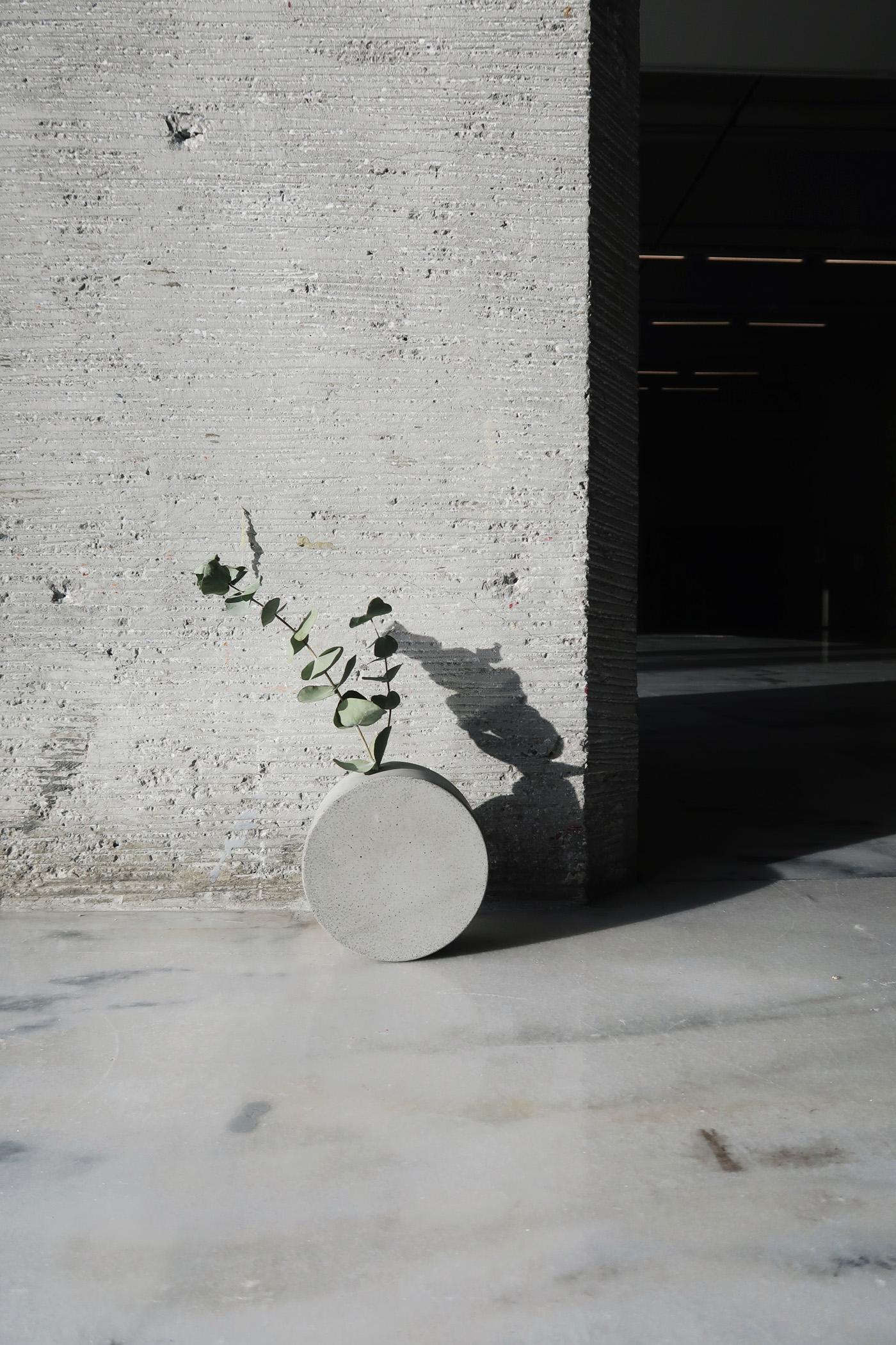北美館藝術商店・灰調望月水泥花器